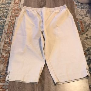 Women's size petite XL denim and Co khaki capris